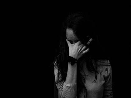 woman crying sad depressed