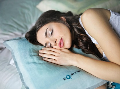 close-up-photography-of-woman-sleeping